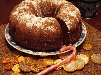 Amazin Raisin Cake