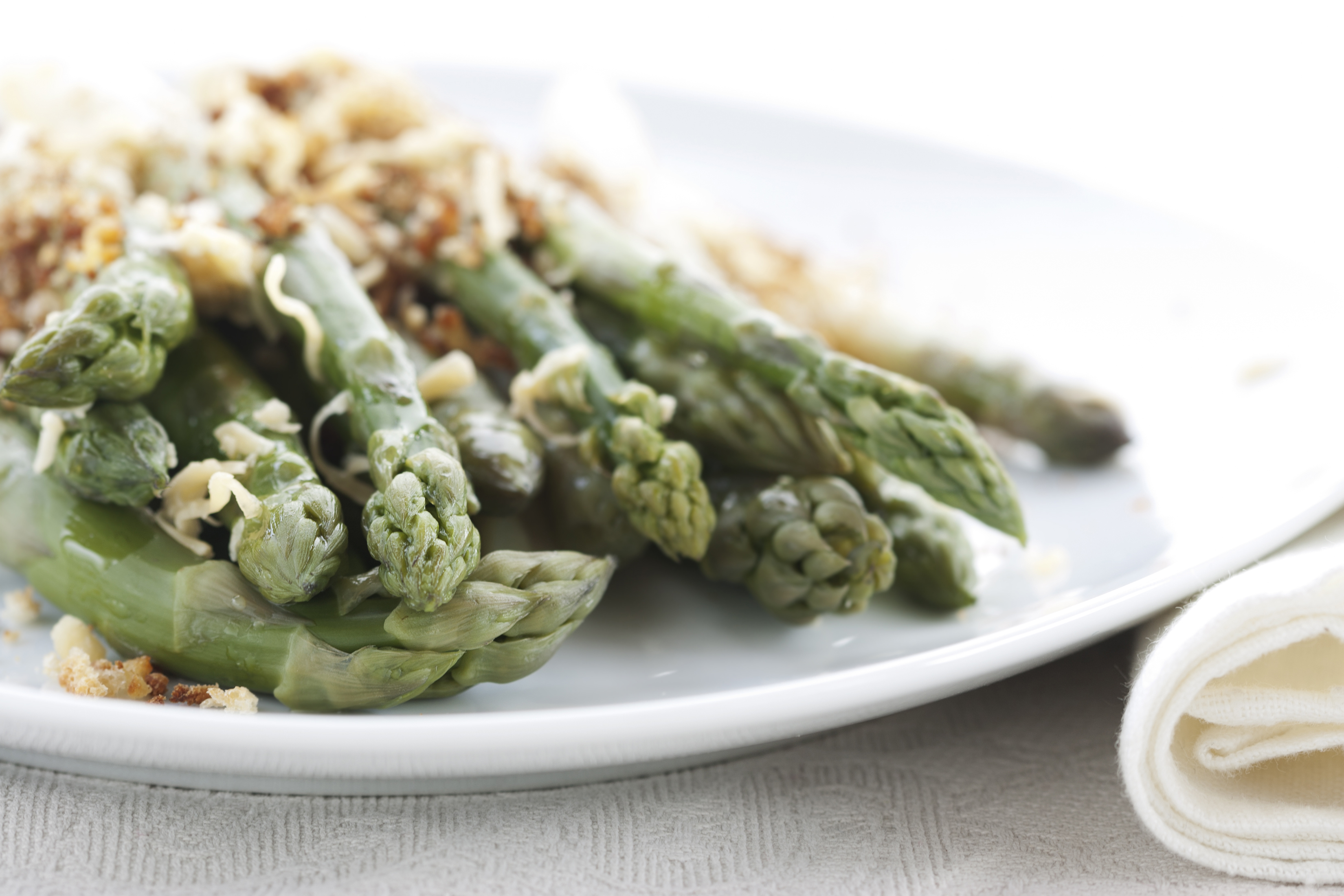baked asparagus with cheese