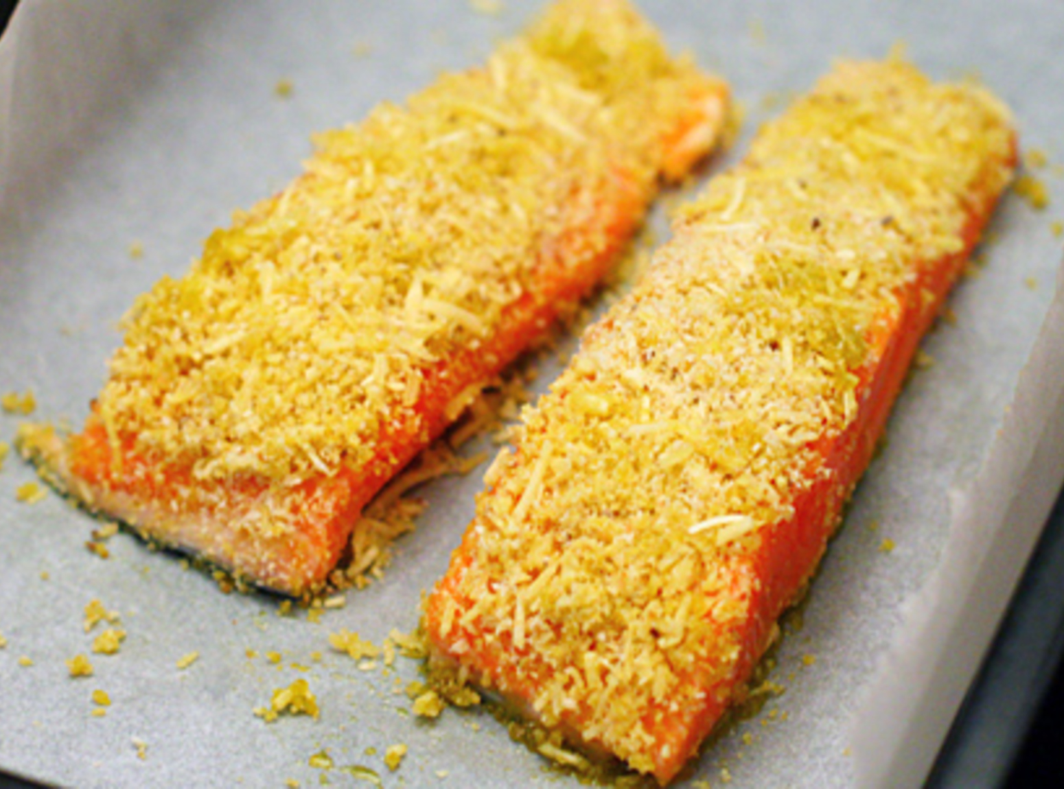 Baked fish with cheese crust bigoven for Fish and cheese