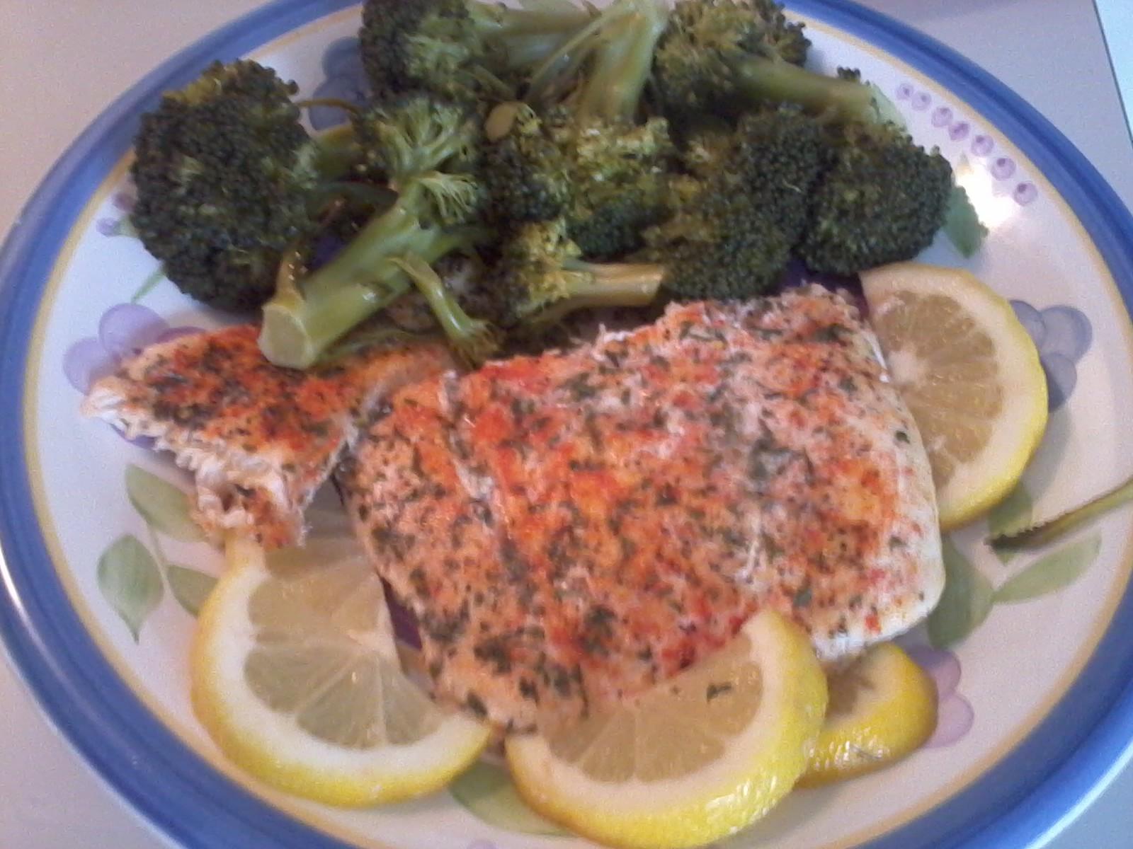 Baked halibut bigoven for Halibut fish recipes