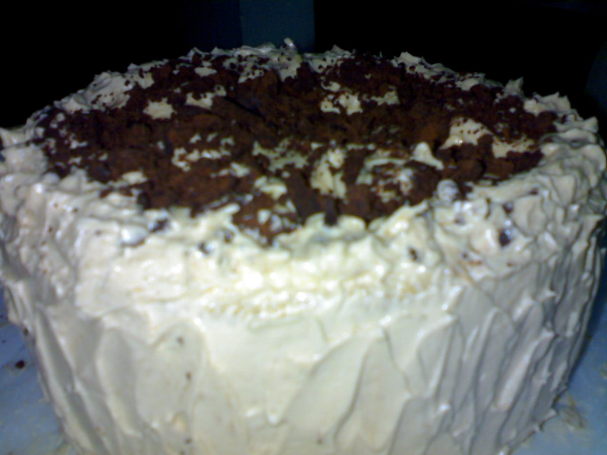 Buttermilk Cake with Spiced Vanilla Icing - BigOven
