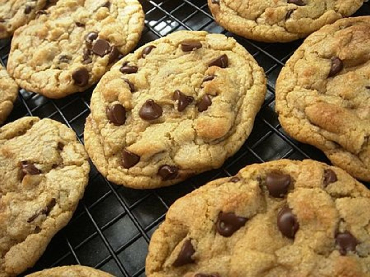Chewy Chocolate Chip Cookies - BigOven