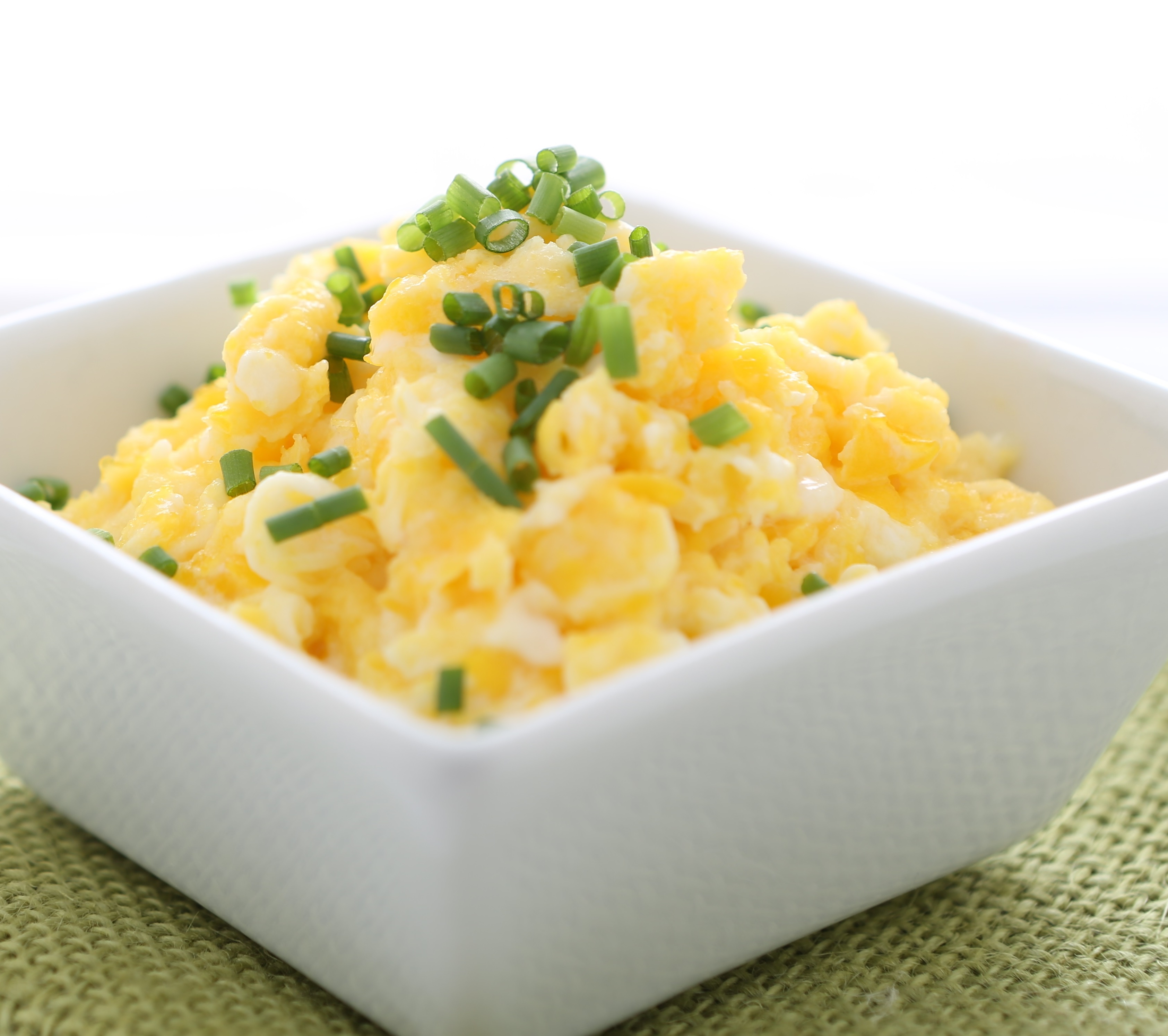 Cream Cheese And Chive Scrambled Eggs - BigOven