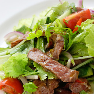 Blue Cheese Beef Salad