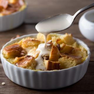 bread pudding with vanilla sau bdd?h=&w=