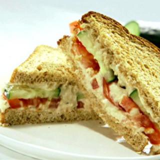 Hummus Cucumber Sandwich