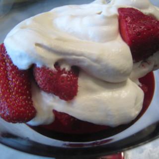 Strawberries Romanoff Taste Just Like La Madeleine -Copycat