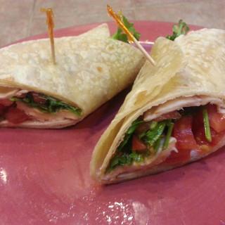 Zesty Chipotle Gluten-Free Turkey Wrap