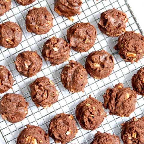 7 Minute Chocolate Cookies