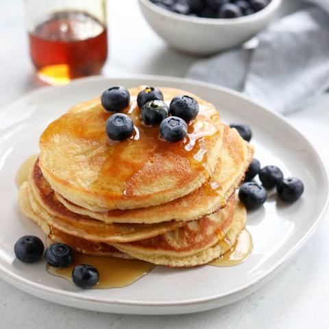 Almond Flour Pancakes (Keto-friendly)