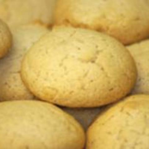 Helen's Almond Macaroons