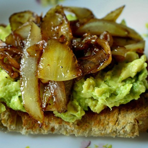 Avocado Toast with Caramelized Balsamic Onions