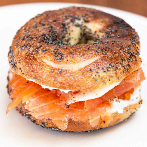 bagel lox and cream cheese