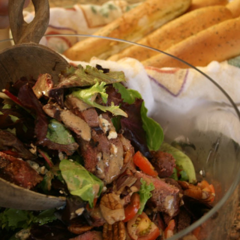 Black & Blue Steak Salad