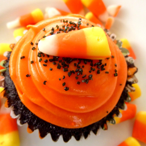 """Black Velvet"" Halloween Cupcakes"