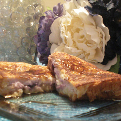 Blueberry and White Chocolate Stuffed French Toast
