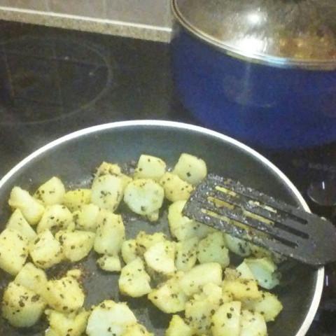 Bombay Potatoes