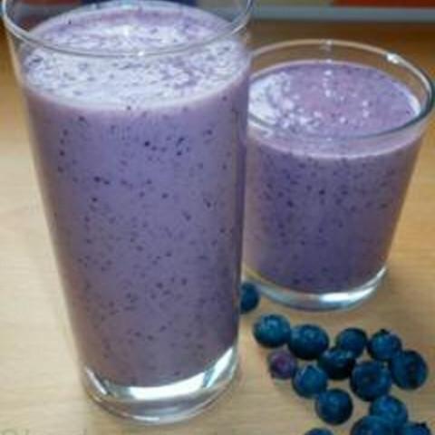 Breakfast Blueberry Protein Smoothie