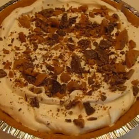 Caramel Dream Pie with Heath Bar Topping