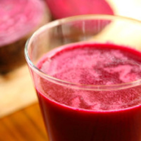 Carrot-Apple-Beet-Parsley Juice (Sweet Beet Juice)