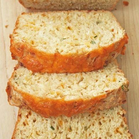 Cheesy Beer Quick Bread