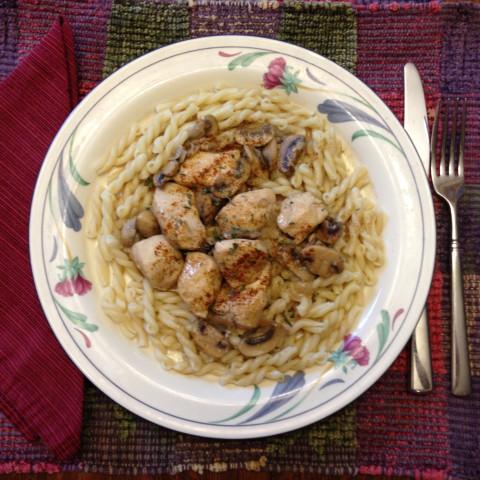 Chicken Gemelli with Mushrooms