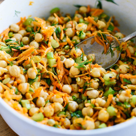Chickpea Salad with Carrots & Dill