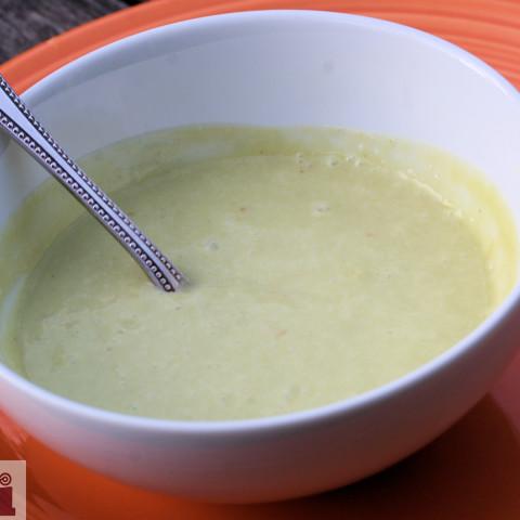 Chilled Spicy Avocado Soup (Sopa fria y picosita de aguacate)