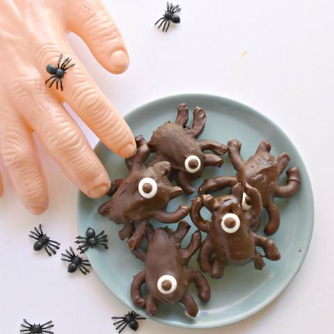 Chocolate Halloween Spiders