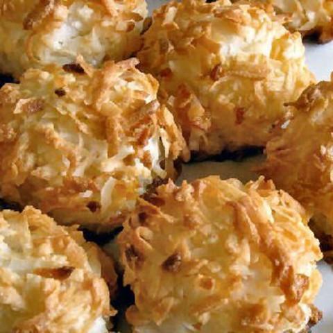 Coconut Macaroon Chews