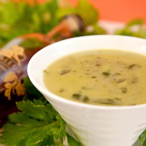 """""""Cream"""" of Asparagus Soup"""