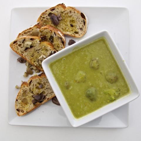 Creamy Leek & Cauliflower Soup
