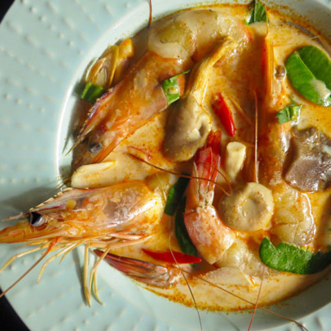 Creamy Tom Yam Kung (Thai Hot and Sour Soup with Shrimp) Recipe
