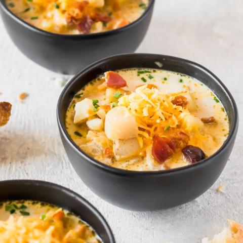 Crockpot Loaded Potato Soup - Healthy Potato Soup