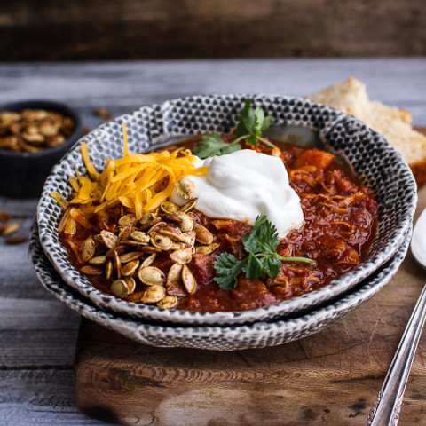 Crockpot Chipotle Pulled Pork and Pumpkin Chili with Roasted Pumpkin Seeds
