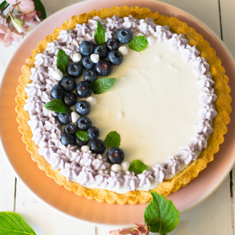 Crostata yogurt e mirtilli