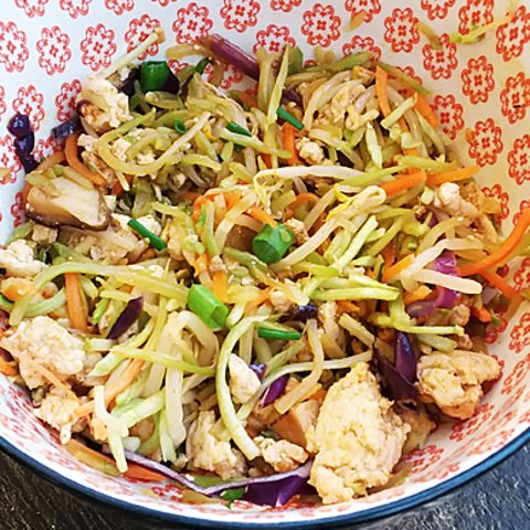 Deconstructed Paleo Chicken Egg Roll Bowl