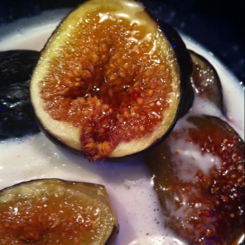 Dessert: Carmelized Figs w Ice Cream