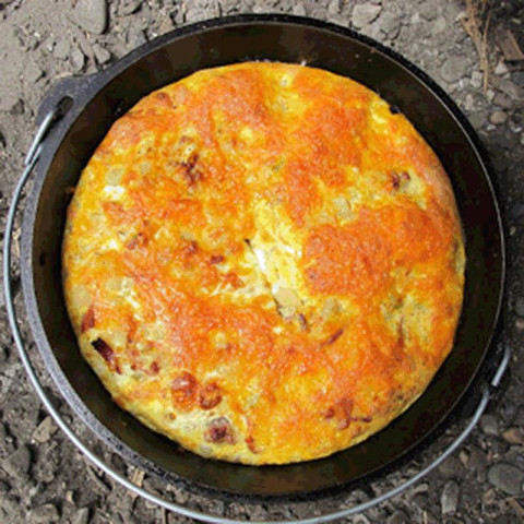 Dutch Oven Breakfast Casserole With Sausage