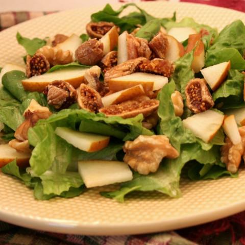 Fig, Pear, andWalnut Salad – Ultimate Daniel Fast