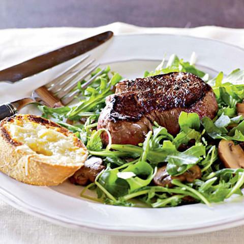 Filet Mignon with Arugula Salad