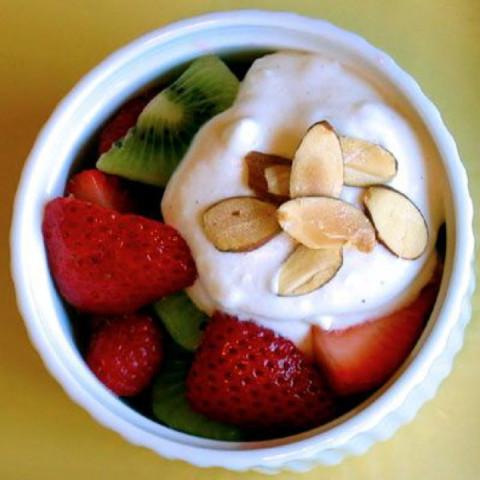 Fruit Salad With Cannoli Cream (Boom)