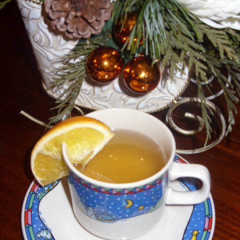 Gluhwein, Mosel Style (Mulled white wine)