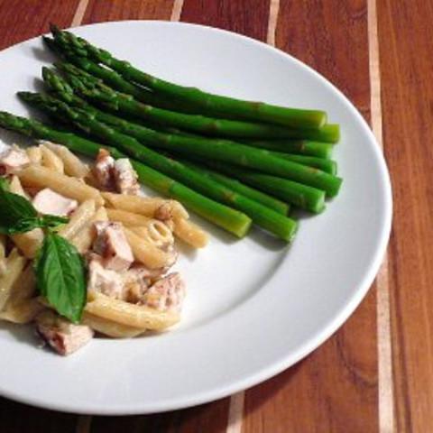 Penne Gorgonzola with Grilled Chicken