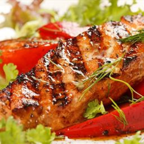 Grilled fish with brazilian garlic marinade for Grilled white fish recipes