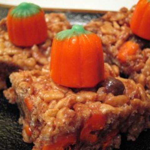 Halloween Crisp Candy Corn Treats