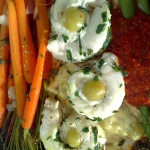 Herbed Fish Rolls in White Wine with Grapes