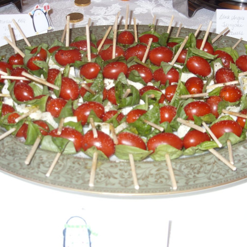 Insalata Caprese Kebabs