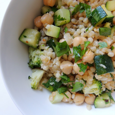 Toasted Israeli Couscous with Veggies, Garbanzo Beans ...