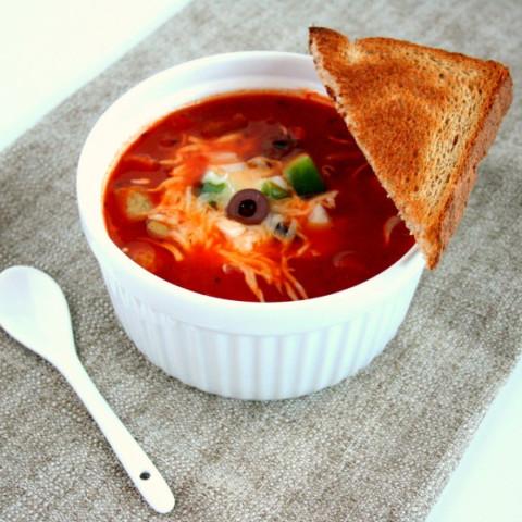Kid Friendly Pizza Soup